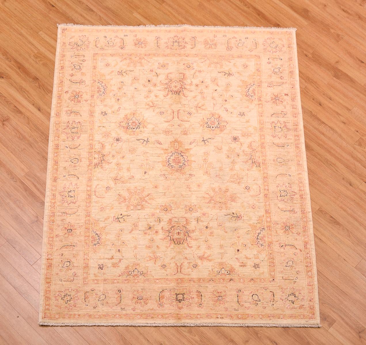 Ziegler Traditional Agra Design Rug: Classic Handmade Afghan Ziegler Rug